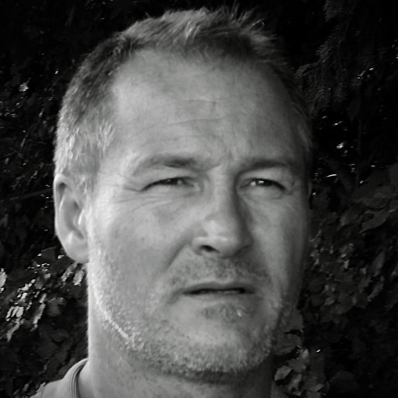 Stéphane Renverseau, Architecte d'intérieur et chargé d'affaires