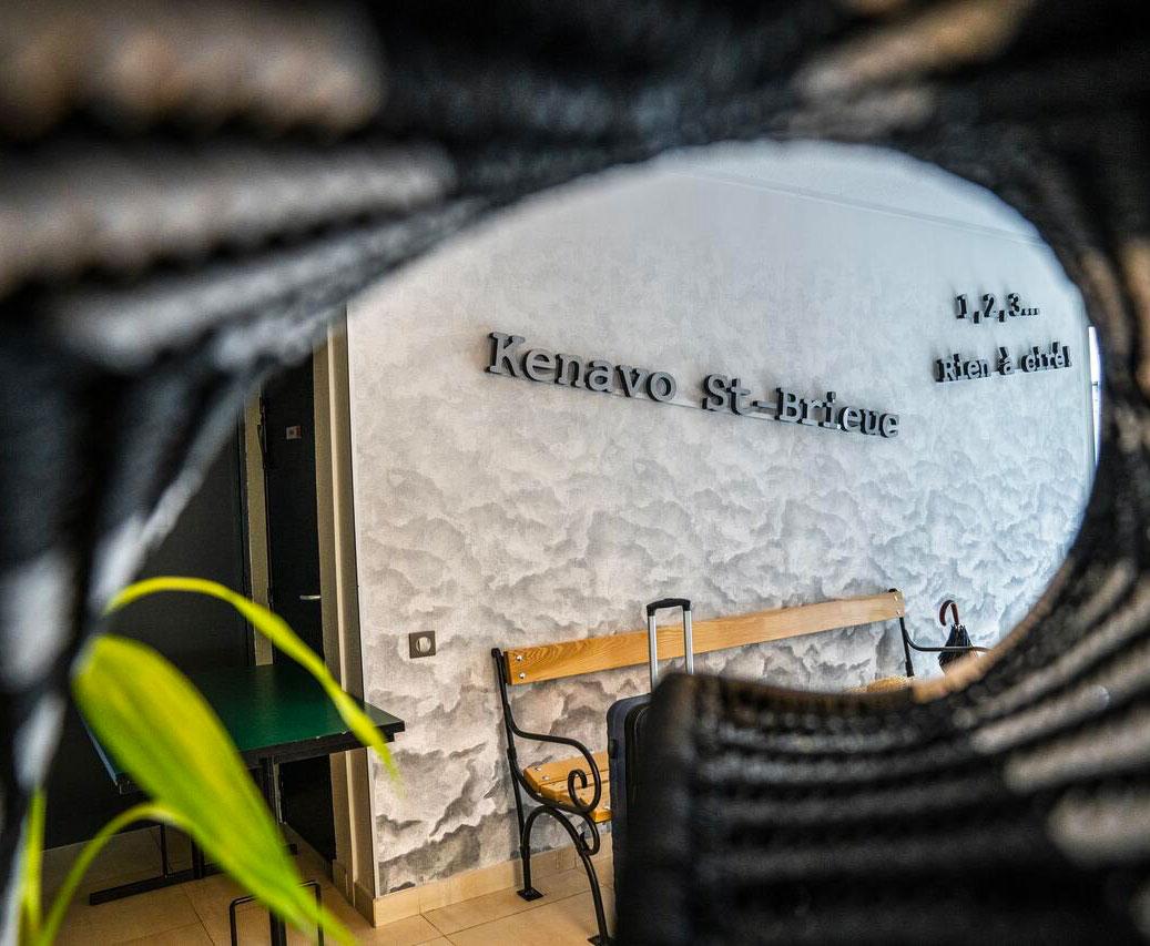 Décoration inspirée de la Bretagne pour l'hôtel Ibis Styles de Saint-Brieuc Plérin