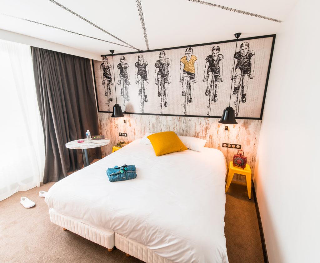 Aménagement, implantation et décoration des chambres de l'hôtel Ibis Styles de Dinan