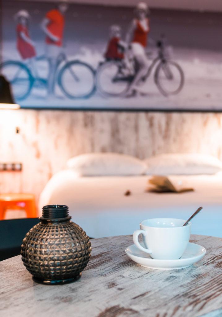 Mission d'ensemblier et d'architecte d'intérieur pour l'hôtel Ibis Styles de Dinan