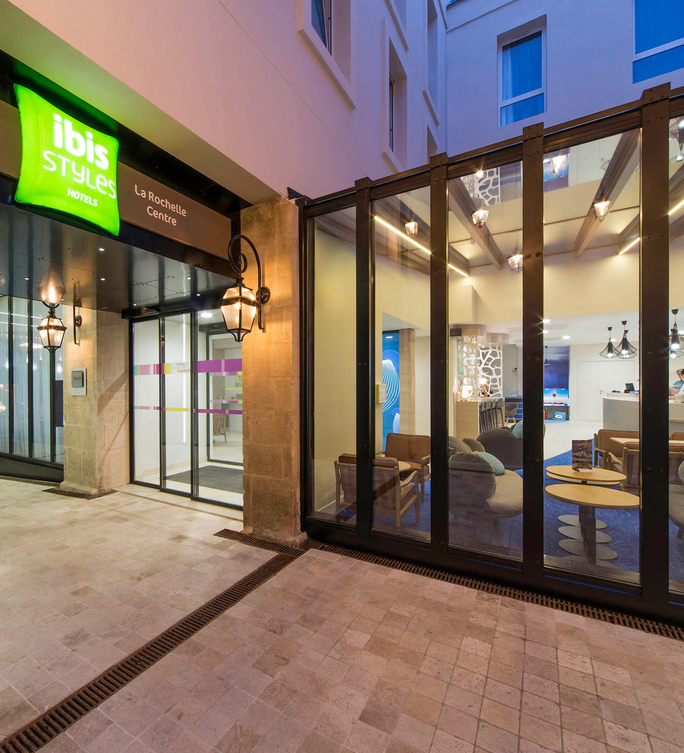 Projet de rénovation et de décoration de l'hôtel Ibis Styles de La Rochelle centre