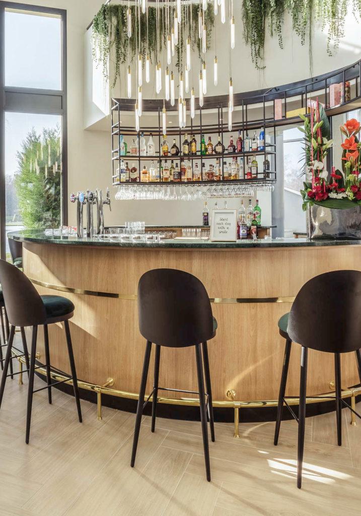 Rénovation et décoration du bar