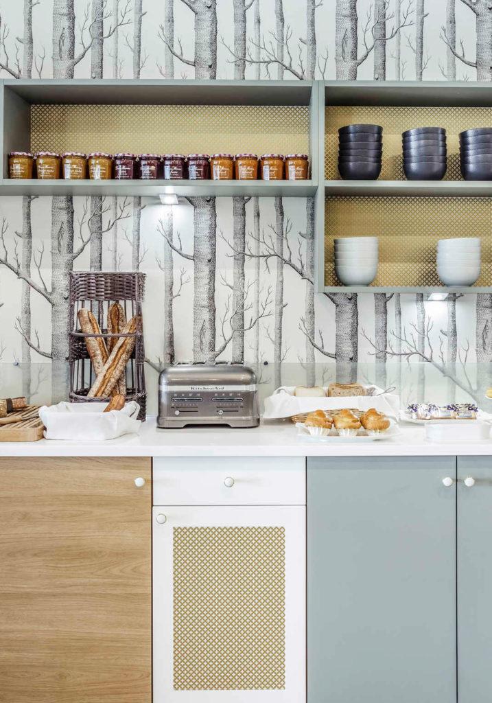 Rénovation et décoration de l'espace petit déjeuner