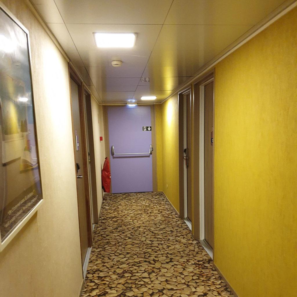 Couloirs avant la rénovation