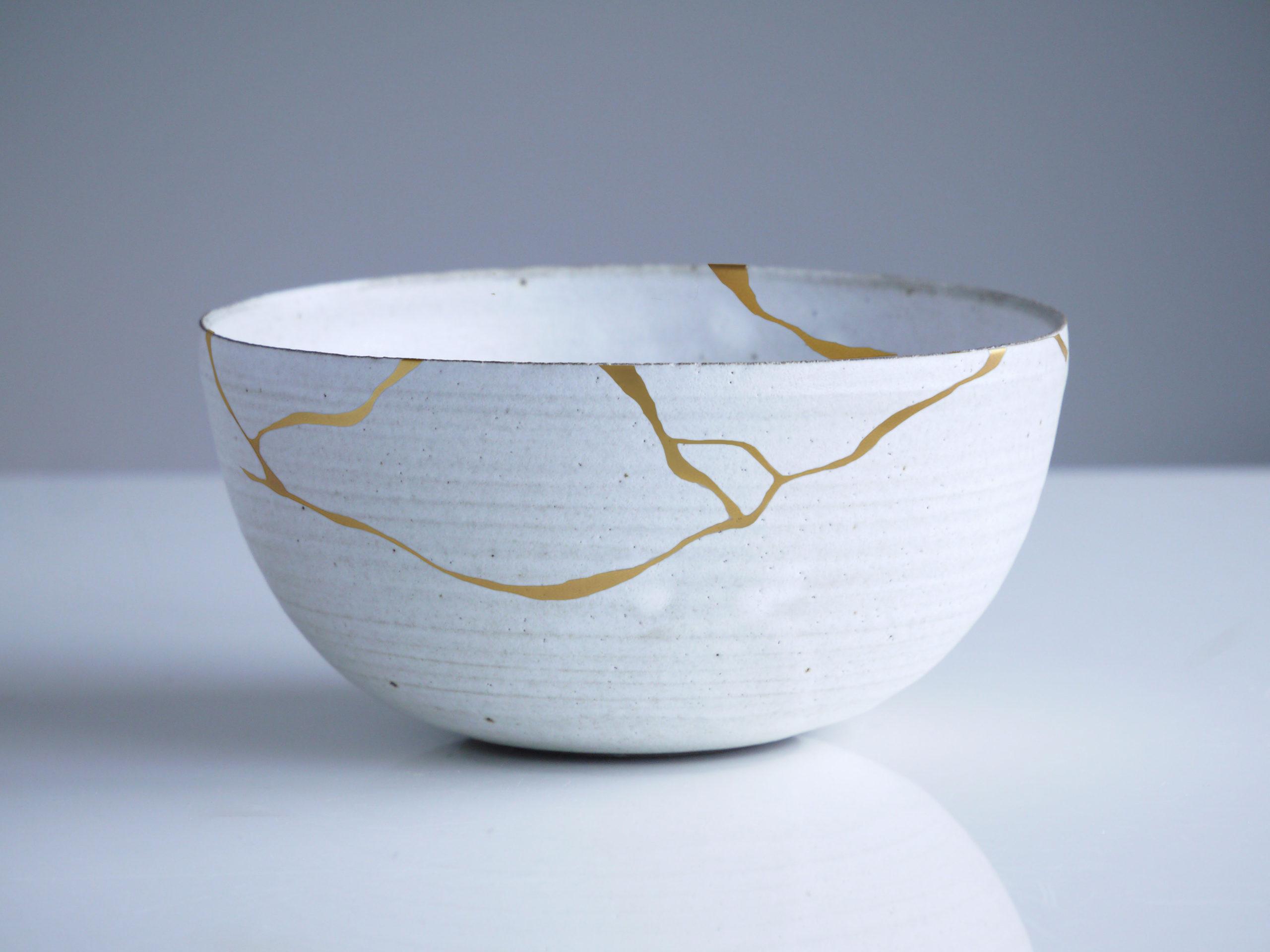 L'art du Kintsugi, définition, origine et inspiration en décoration d'intérieur