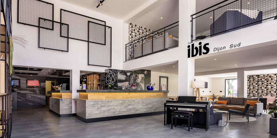 Rénovation et agencement de l'hôtel Ibis de Dijon Sud