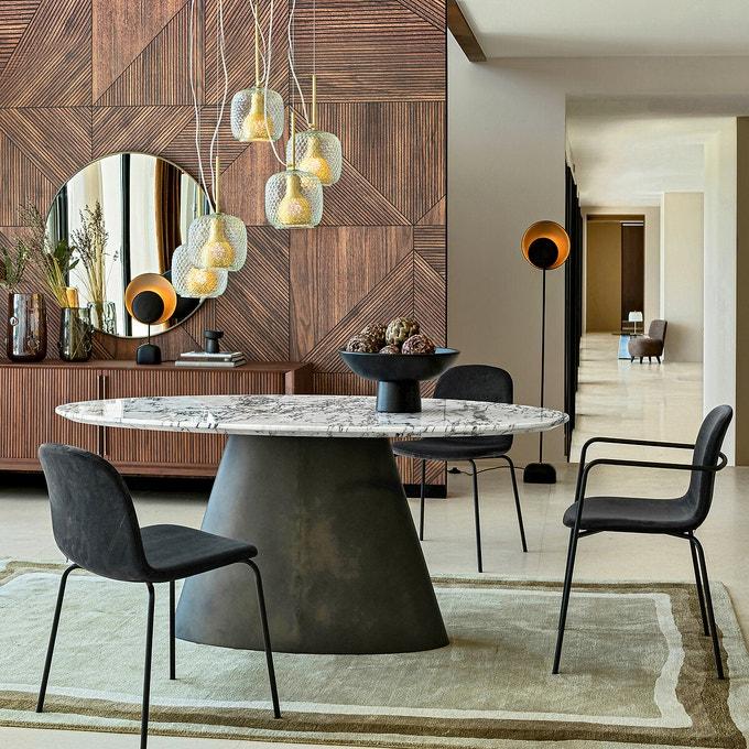 Chaises en velours pour décorer sa salle à manger