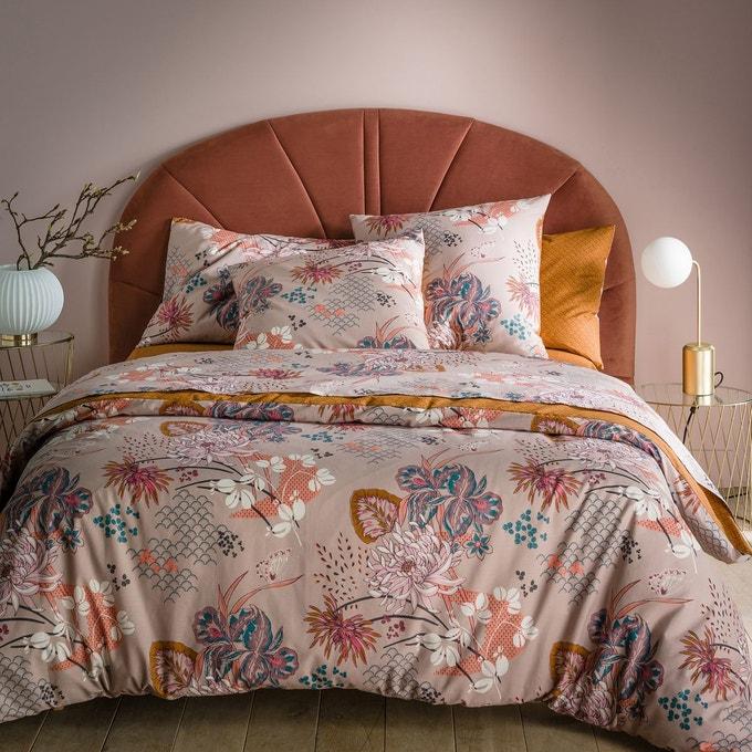 Une tête de lit en velours pour une chambre chaleureuse et cosy