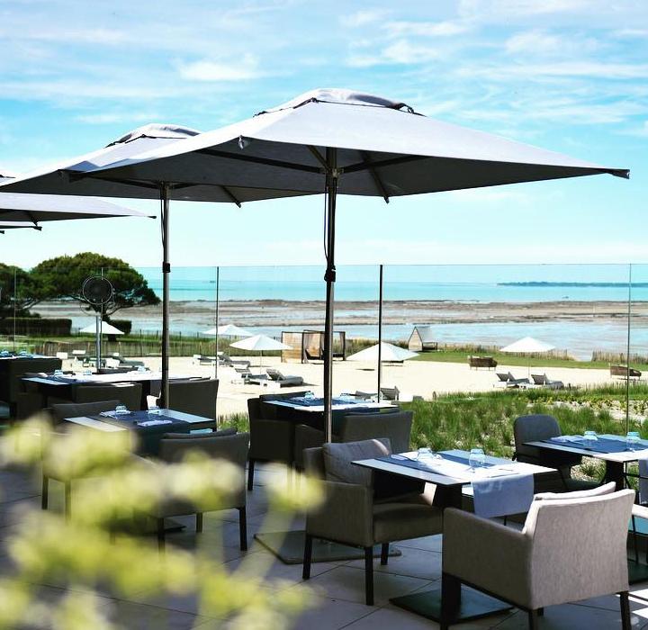Design d'espace et architecture commerciale de la terrasse du restaurant Gaya