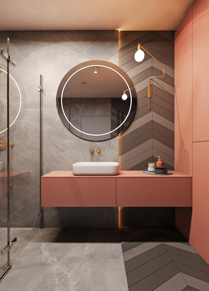 Salle de bain noire avec meuble de salle de bain terracotta