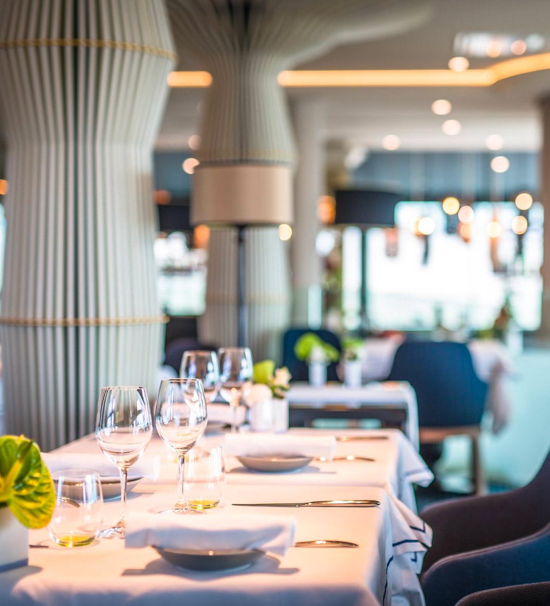Réalisation du projet de rénovation et d'architecture d'intérieur du restaurant Gaya de Châtelaillon-Plage