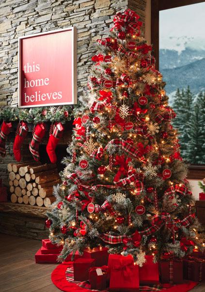 Décoration arbre de Noël traditionnel, nouvelle tendance 2020