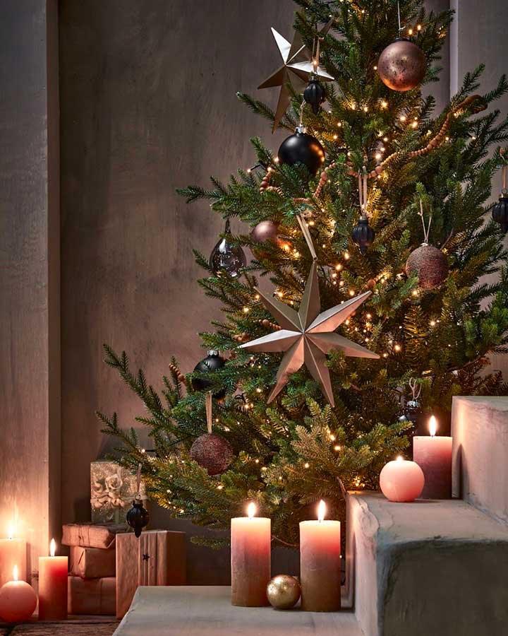 Décoration de Noel oversize XXL noires, dorées, marrons pour le sapin de Noel