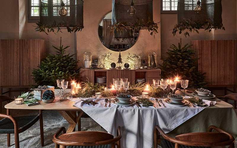 Décoration rustique pour la table du réveillon de Noël 2020