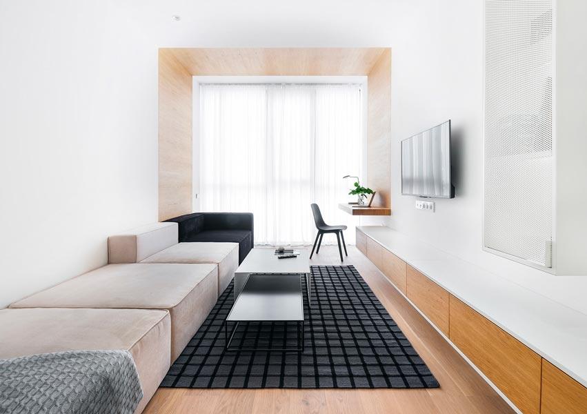Casser la longueur d'une pièce avec un lambris intérieur en chêne clair