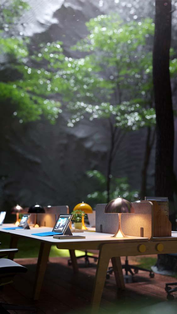 Un bureau professionnel avec de la verdure et des lampes colorées pour un aspect naturel et convivial