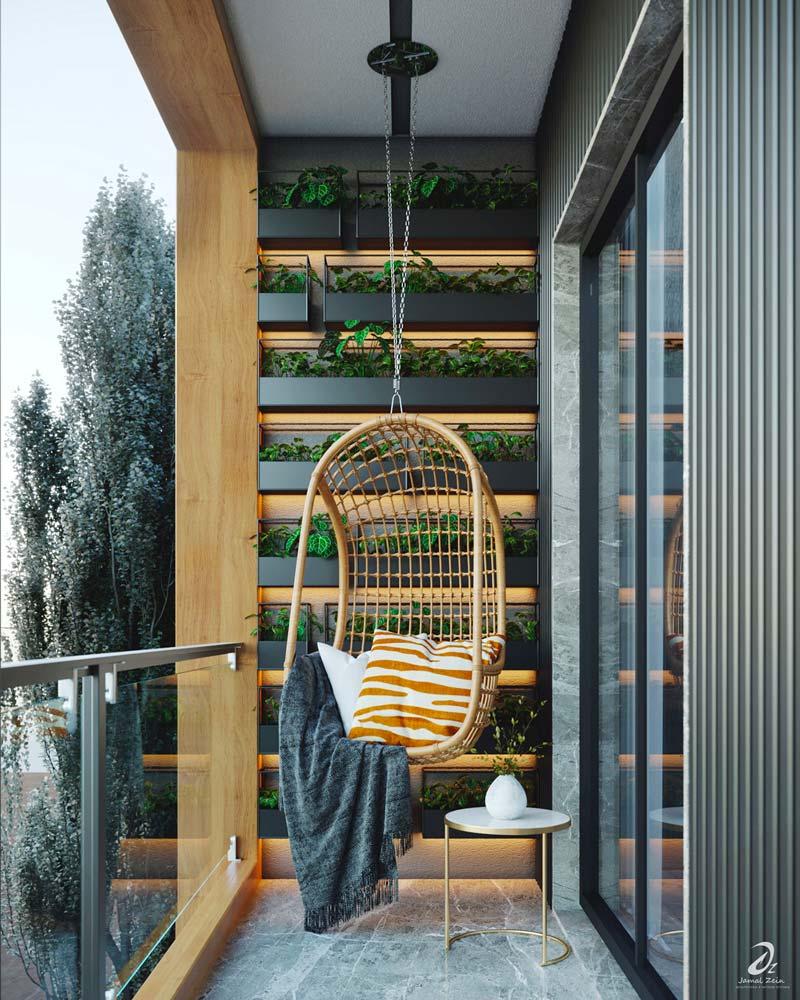 Un fauteuil en osier suspendu sur un balcon étroit avec des jardinières alignées rétroéclairées au mur