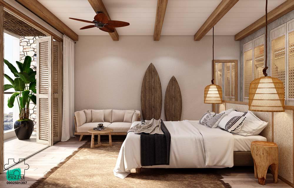 Un style bord de mer dans une chambre avec des planches de surf en bois et des couleurs chaudes